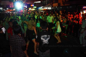 "Khao San Road: Backpackers ""Mecca"" in Thailand"